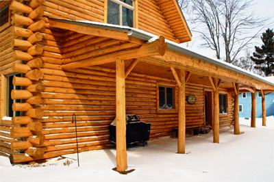 Log Homes and Cabins - DeWyse Construction, Inc is an Authorized Distributor and Installer for Bigger Log Products.